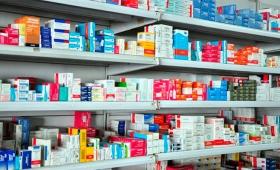 El Gobierno propone comprar medicamentos por licitación