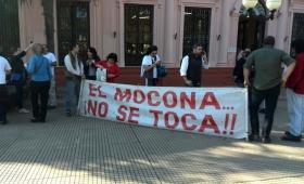 Presentaron 14 mil firmas contra el camino dentro del Parque Moconá