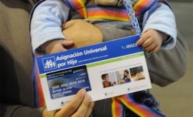 Otorgarán créditos a beneficiarios de la Asignación Universal por Hijo y pensiones