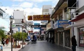En Corrientes, afirman que abrir un local de manera legal es un «suicidio»