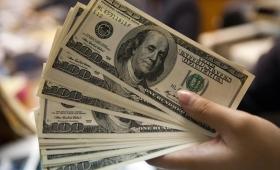 El dólar subió 17 centavos y cerró en $ 37,28