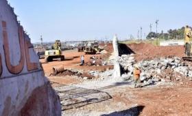 Terminó la demolición del muro fronterizo