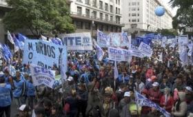 La CGT realizó su acto en la Plaza de Mayo