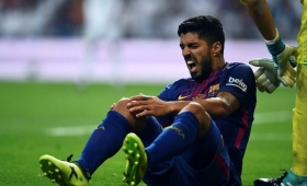 Luis Suárez estará un mes de baja por una lesión en la rodilla