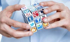 Explican cómo pasar tiempo en redes sociales está haciendo que leamos menos