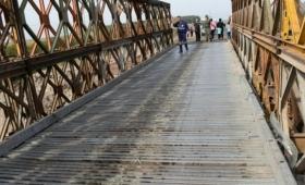 Corrientes: por mantenimiento cortaron el tránsito en el puente Bailey