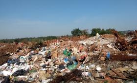 """""""La basura es uno de los mayores problemas en Posadas"""""""
