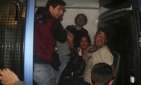 Indagan a los 30 detenidos por incidentes tras la marcha por Santiago Maldonado