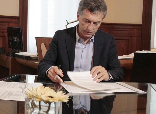 Reformas tributaria, laboral y política, ejes de la propuesta de Macri