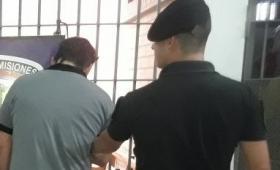 El Soberbio: automovilista totalmente alcoholizado fue detenido en pleno centro