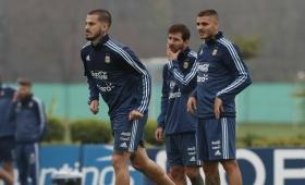 Benedetto se perfila para ser el 9 titular de la Selección frente a Perú