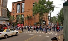 Organizaciones sociales protestan por permisos de ocupación