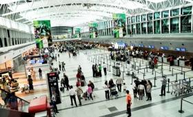 Empiezan a activarse los vuelos en aeroparque y Ezeiza tras las cancelaciones