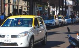 Peones de taxis en alerta, pero abiertos al diálogo