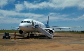 Posadas: un avión aterrizó de emergencia