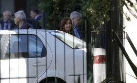 """Causa Hotesur: Denuncian maniobra de los Kirchner para """"burlar a la justicia"""""""