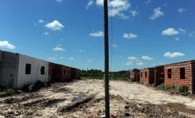 Corrientes: el barrio que los intendentes K prófugos nunca terminaron