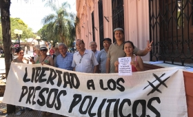 Pidieron libertad de presos políticos