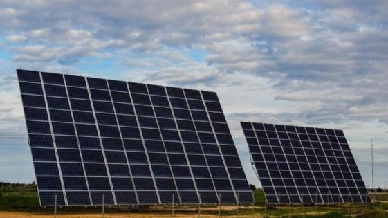 Promulgan la ley de generación de energías renovables