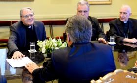 La nueva Episcopal se reunió con el Gobierno