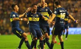 Boca venció a Colón con el regreso de Tevez y se escapa en la cima