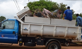 Casi 800 toneladas de cacharros en barrios de Posadas