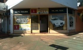 Para Gamarra, el municipio es responsable por los taxis ilegales