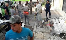 Corrientes: obrero herido al caer de un andamio