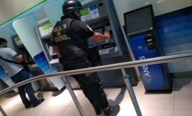 La Policía continúa con operativos en cajeros automáticos