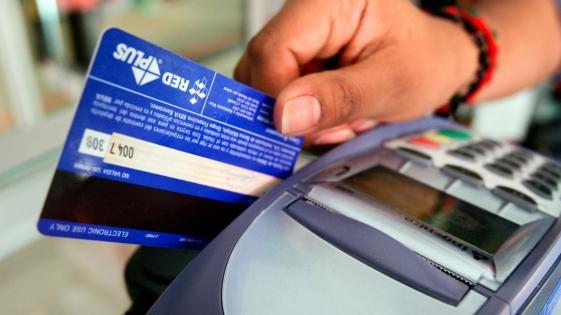 En febrero cayó el uso de las tarjetas de crédito