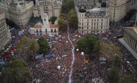 Multitudinario acto a 42 años del golpe
