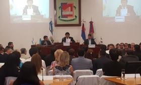 Sin autocrítica, Losada abrió el periodo de sesiones del HCD
