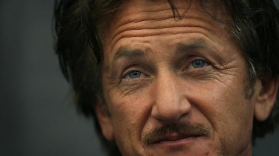 Sean Penn aparece drogado en la televisión