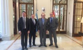 España: Puerta recibió al economista Ramón Tamames
