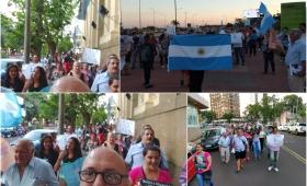 Un centenar de personas marcharon contra el aborto