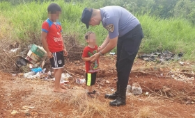 Policías encontraron a un niño llorando en la calle