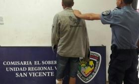 Atacaron a un joven con un machete