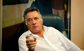 """Barrionuevo: """"Gioja está encerrado y vamos a pedir el desalojo"""""""
