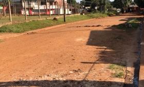 Sin agua y sin colectivos en el barrio San Jorge
