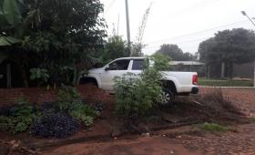 Camioneta terminó incrustada en una casa y detuvieron al conductor