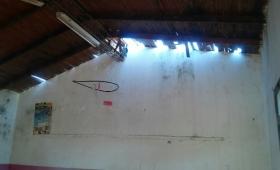 Crítico estado edilicio de una escuela de Piray
