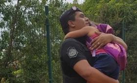 Asistieron a niña extraviada en barrio A-4