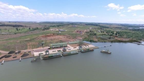 El puerto reactivaría el transporte en el Alto Paraná