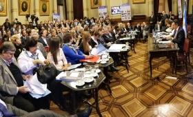 Dictamen en el Senado para retrotraer las tarifas