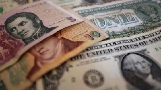 El dólar cerró en $27,94
