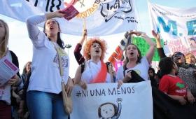 Una guía para que mujeres sordas denuncien violencia