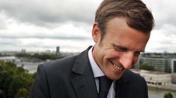 """Macron reprendió a un adolescente por llamarlo """"Manu"""""""