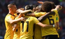 Bélgica goleó 5-2 a Túnez y clasificó a octavos de final