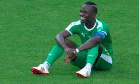 Senegal amargó el debut del polaco Lewandowski