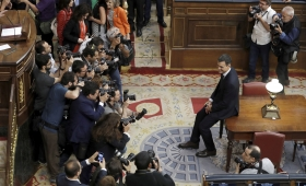 El socialista Pedro Sánchez es el nuevo presidente de España